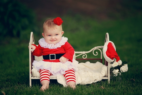 Ho Ho Ho Tunic Set for baby (or toddler and child) Santa! This is the cutest  little thing... perfect for family photos, baby's 1st christmas, outfit for  ... - Adorable Baby Santa Outfit For Christmas - Cute Kids Finds